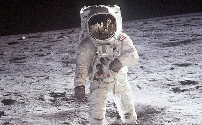 Những sự thật về Mặt Trăng