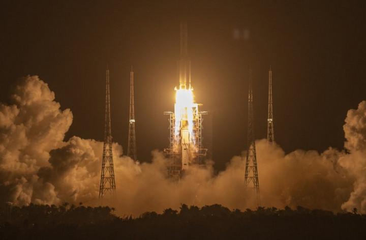 """Tàu vũ trụ Trung Quốc """"Chang'e 5"""